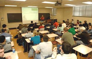 Llicències gratuïtes dels programes i bases de dades per els estudiants